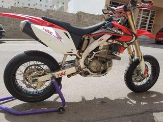 Honda supermotard 450