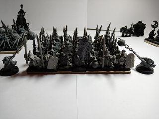 Warhammer fantasy Goblins Nocturnos con lanza