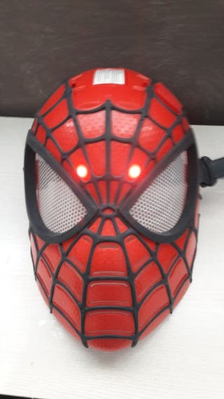 mascara de espiderman