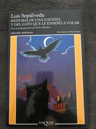 "Libro ""Historia de una gaviota ..."""