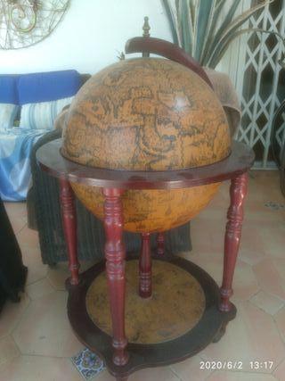 bola del mundo +botellero+vintage