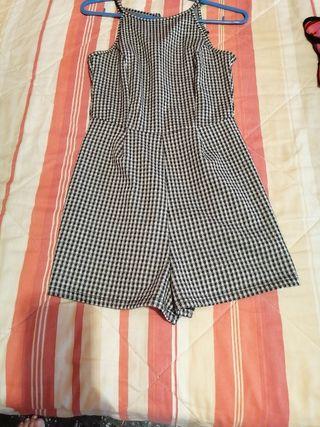 vestido pantalón
