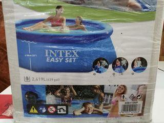 piscina a estrenar