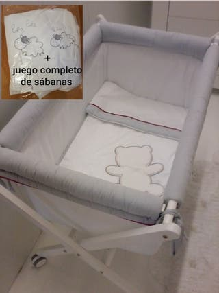 Minicuna + juego completo de sábanas