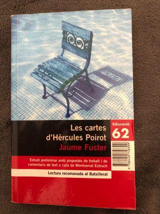 """Llibre """"Les cartes d'Hèrcules Poirot""""."""