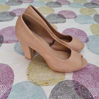Zapatos tacón cuadrado