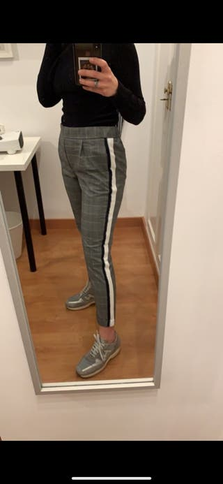 Pantalones cuadros zara