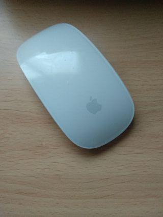 Ratón inalámbrico Magic mouse de Apple