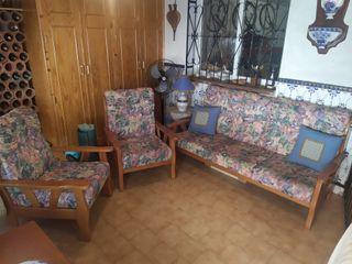 Conjunto sofá y sillones a juego de pino