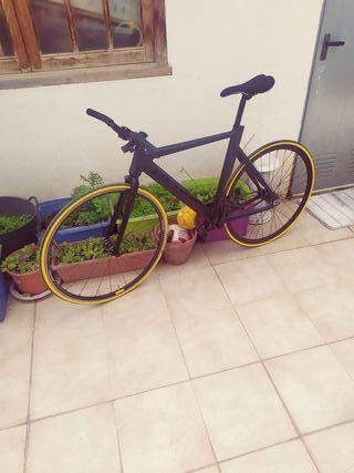 Bicicleta fixie derail