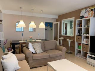 Amplio apartamento con plaza