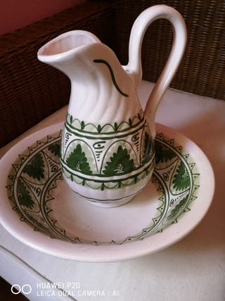 jarron de ceramica con recipiente a juego