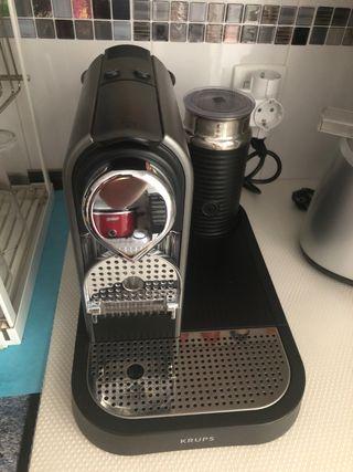 Cafetera Krups Nespresso CitiZ & Milk (aeroccino)
