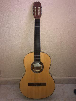 Guitarra flamenca Admira modelo Alba