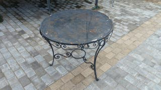 Mesa de hierro para restaurar