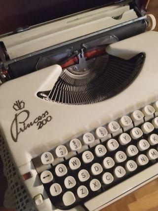 Maquina de escribir Princess 200