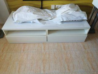 Mueble comedor blanco
