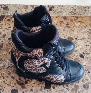 Sneakers Guess original