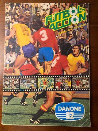 Álbum Futbol en accion. Danone 82. Completo