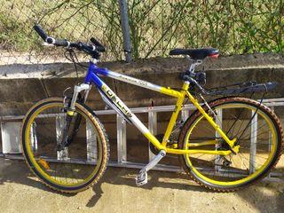 Bicicleta Oklan aluminio con portaequipaje trasero