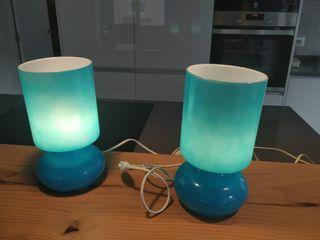 2 Lámparas azules LYKTA para mesilla de noche