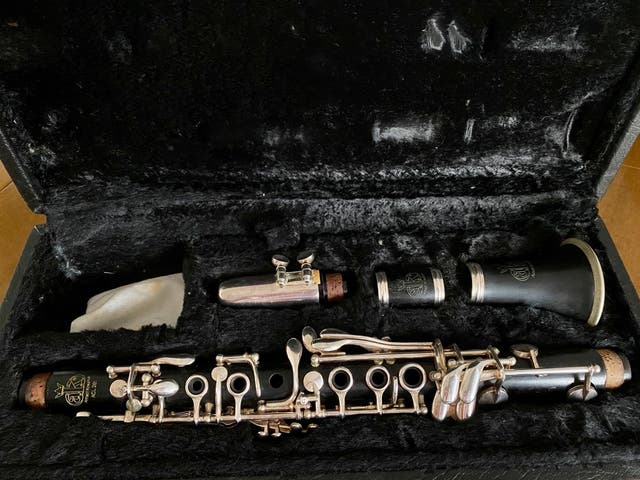 Clarinete Mib (Requinto) - Amati ACL 261