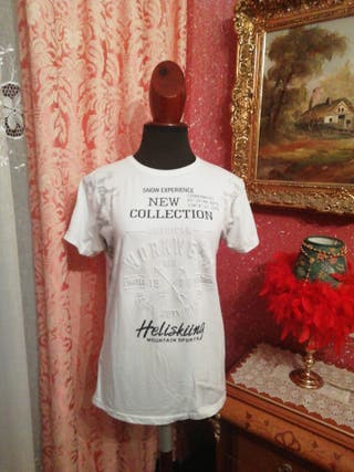 Camiseta talla M blanca negra flores manga corta