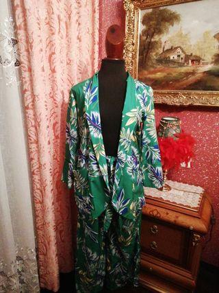 Traje NUEVO pantalón chaqueta americana flores