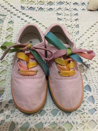Zapatillas colores, número 29