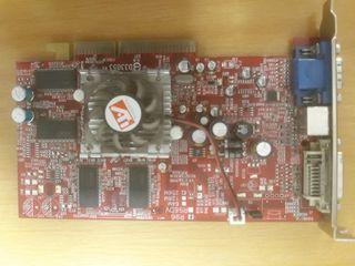 Tarjeta gráfica ATi Radeon R96 256Mb