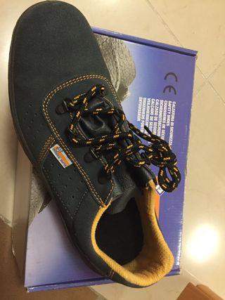 Zapato seguridad,talla 42