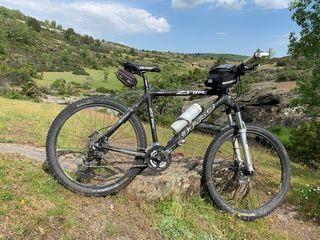 """Bicicleta carbono de 26"""""""