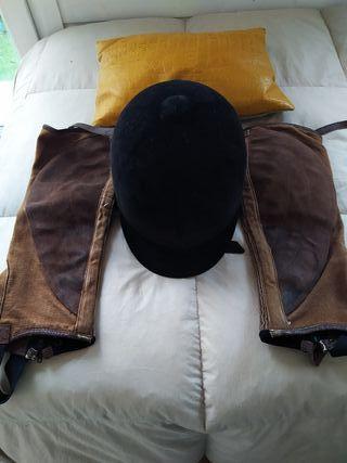 casco equitacion + perneras cuero.