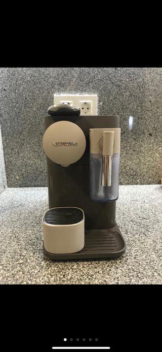 Cafetera nespreso