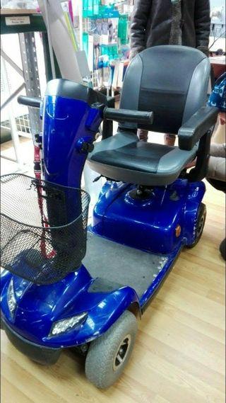 Scooter Superestrecho