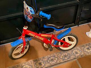 bicicleta mas casco de la patrulla canina