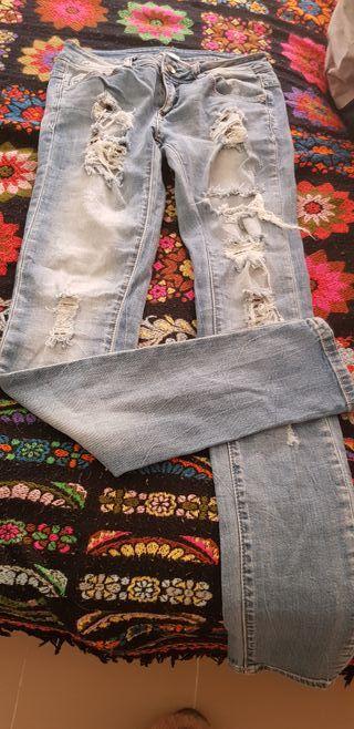 pantalon vaquero moda rotos
