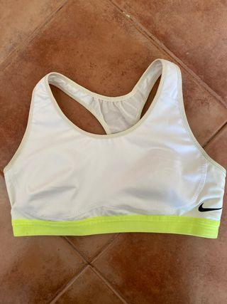 Top de deporte Nike