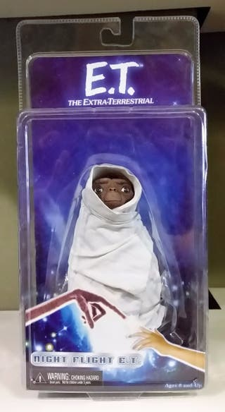E.T. el Extraterrestre NECA Night Flight