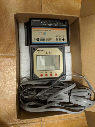 Regulador solar 2 baterías, con display y cable