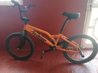 bicicleta BMX monty jump 135