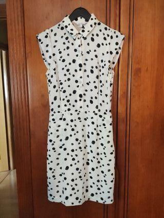 vestido blanco topos negros