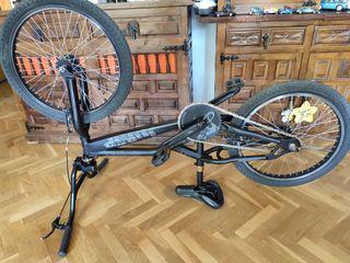 BMX bicicleta Monty oficial