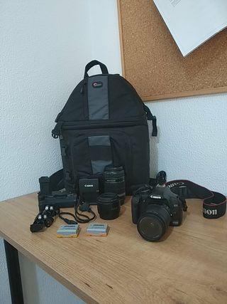 Cámara Canon Eos 450 D y accesorios.