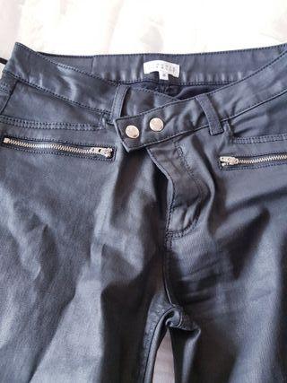 Pantalon NEgro Encerado