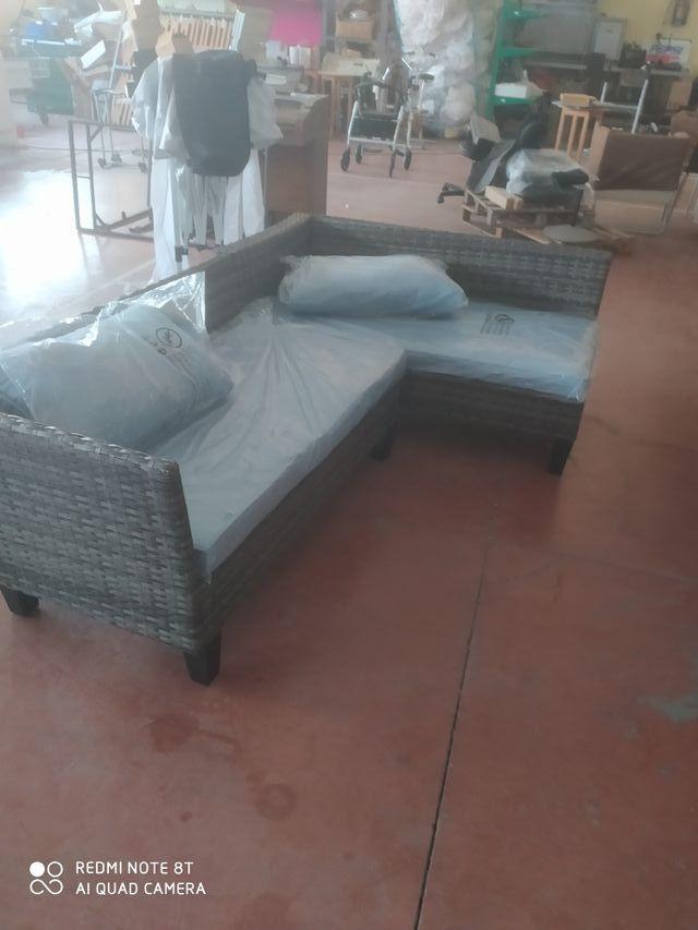 sofá jardin