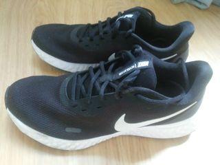 Zapatillas Nike Revolution