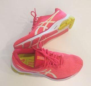 ASICS / Mujer / Zapatillas / Running