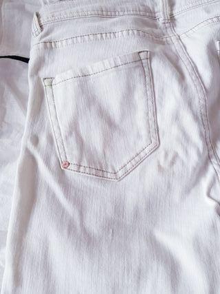 Pantalon crudo pitillo