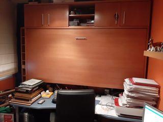mueble con cama abatible y escritorio